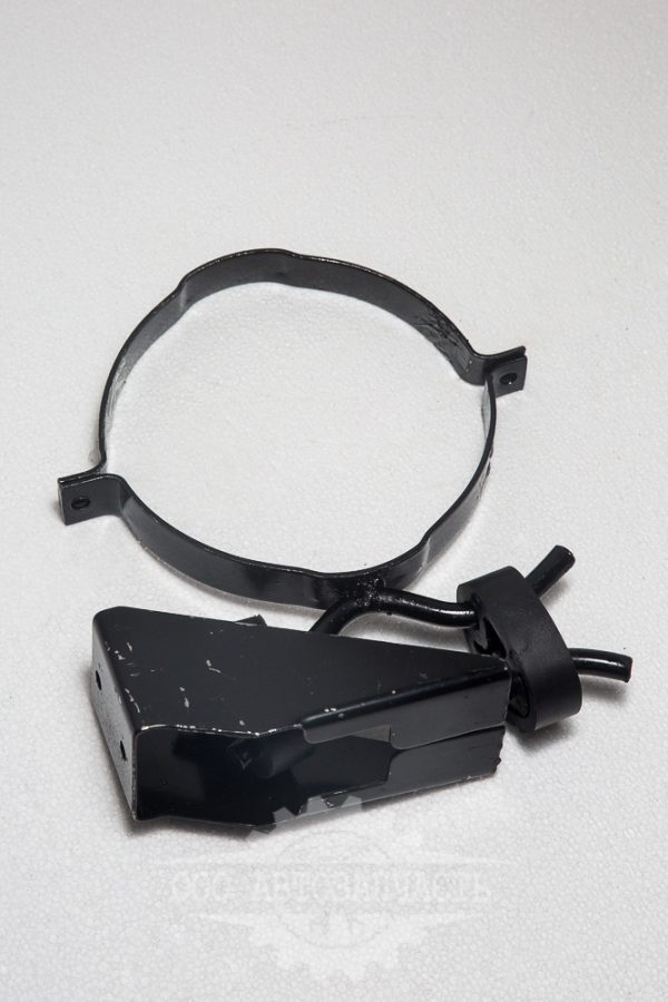 Кронштейн крепления глушителя 3302 комплект (старого образца)